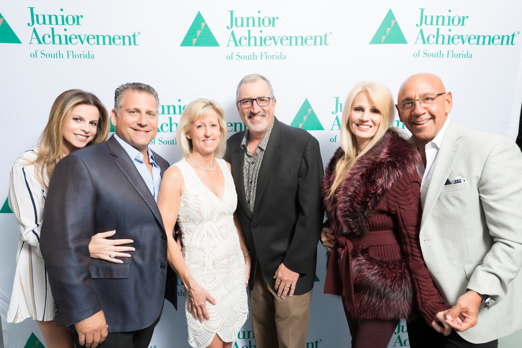Annual Light Up The Night Raises Funds And Awareness For Junior Achievement of South Florida